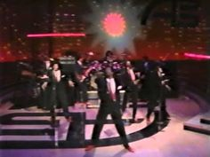 Dazz Band : Let It Whip on American Bandstand (1982 ).