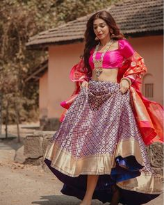 When you have Banarasi silk lehenga, you don't need too much else! And these latest Banarasi lehenga designs are going to prove just that! Yep, if you are a fan of Banarasi as much as we are, then get. Banarasi Lehenga, Indian Lehenga, Blue Lehenga, Sabyasachi, Sharara, Indian Wedding Outfits, Indian Outfits, Indian Weddings, Designer Bridal Lehenga