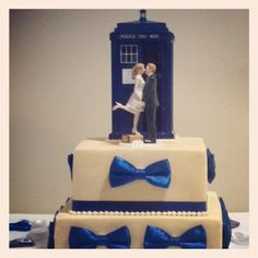 Doctor Who Themed Wedding Cake http   celebrationsoftampabay com     Wedding cake from my son s doctor who themed wedding