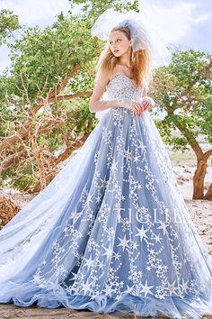 【アビオール Avior】ウェディングドレス_カラードレス(c198) TIGLILY】星モチーフのレースが美しいスモーキーパープルのカラードレス。ビスチェには幾にも煌めく星のようにビジュ―がふんだんに散りばめられています。バックリボンはオフホワイトカラ―でころんとした丸みが特徴。大人っぽいカラ―ドレスに甘さをプラスして愛され花嫁に。