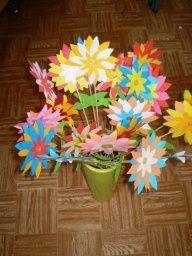 kvetinky k MDŽ.JPG