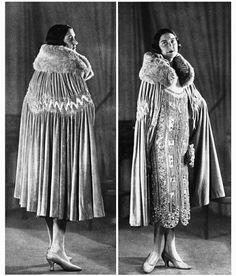"""Les Modes (Paris) January 1926  """"Pour Chanter"""" robe du soir par Martial & Armand"""