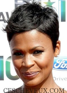 24 Doit-Voir coiffures courtes pour les femmes noires