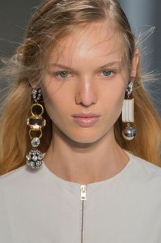 Marni, Spring 2017 - Milan's Most Unique Spring '17 Runway Jewelry - Photos