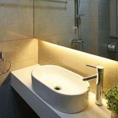 Un'alternativa particolare per l'illuminazione del bagno! Barre Led su misura personalizzabili!