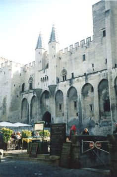 Exploring the Diversity of Provence: The Foods, Wines, Markets, and Cultural Life of Avignon - LOVE this from @Transitions Abroad