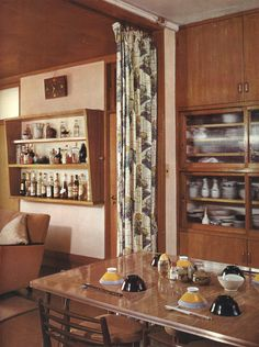 家庭画報 昭和35年4月号 Mid-century Interior, Interior Garden, Apartment Interior, Interior And Exterior, Interior Design, Japan Room, Mcm House, 1960s Kitchen, Japanese House