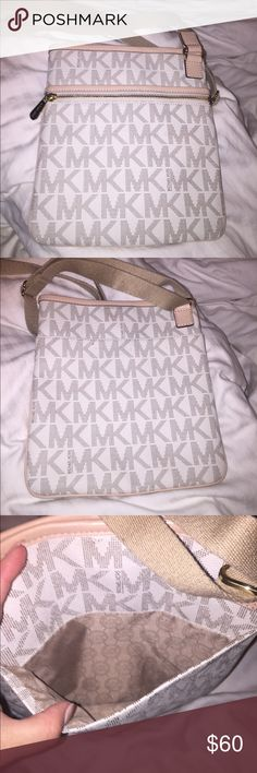 Michael Kors large cross body Like new. Used maybe 3 times. Smoke free home. Michael Kors Bags Crossbody Bags