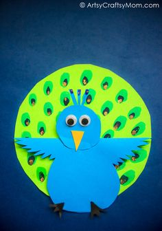 We may not be able to make it rain in the summer, but we sure can make a peacock dance! Check out this Rocking Peacock Paper Craft, complete with a video! Animal Crafts For Kids, Craft Projects For Kids, Crafts For Kids To Make, Craft Activities For Kids, Craft Ideas, Art Projects, Peacock Crafts, Bird Crafts, Easy Paper Crafts