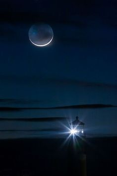 Moon & Lighthouse