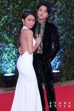 Daniel Padilla, Kathryn Bernardo Outfits, Star Magic Ball, Prom Dresses, Formal Dresses, Wedding Dresses, Celebs, Celebrities, Kugel