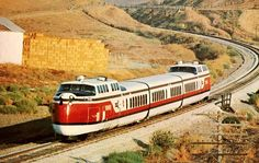 United Aircraft Turbo Trainset.  Between 1968 and 1976, it was one of the first gas turbine powered trains to enter service for passenger traffic.