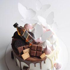 577 отметок «Нравится», 3 комментариев — Cakeideasfoto (@cakeideasfoto) в Instagram: «Repost @tauluba #cake #cakes #cupcake #cupcakes #cakeart #cakeporn #cakelover #cakedesign…»