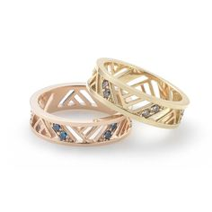 Material Type : 14K Pink Gold Finish : Polished Gemstone : Blue Diamond 1.7mm Product SKU : JRGC2978 Inspired by Zen Garden, this collection is designed with simple yet intricate lines that represent ripples in the water. The Blue Diamond compliments the pink gold by providing a subtle brilliance.