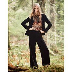 Monsoon Vivienne Velvet Jacket (€83) ❤ liked on Polyvore featuring outerwear, jackets, velvet blazer, single button blazer, one button blazer, velvet jacket and lapel jacket