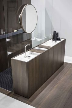 is a convenient bathroom vanity consisting of modules 30 cm each with integrated full-lengt Bathroom Vanity Designs, Small Bathroom Sinks, Zen Bathroom, Best Bathroom Vanities, Bathroom Toilets, Dream Bathrooms, Bathroom Interior Design, Amazing Bathrooms, Modern Bathroom