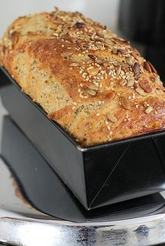 Bread Recipes, Cooking Recipes, Pan Integral, Good Food, Yummy Food, Czech Recipes, Bread And Pastries, Healthy Foods To Eat, Food Hacks
