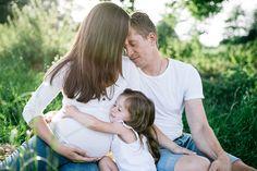 Traumhaft schöne Babybauchfotos in freier Natur | Friedasbaby.de