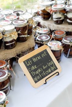 best way to do cake! and if guests don't want to eat it then, they can take it with them cause its IN A JAR!!!