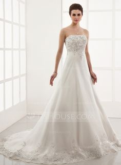 A-Line/Princess Sweetheart Chapel Train Organza Wedding Dress With Embroidery Lace Beading (002000179)