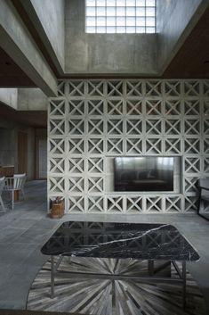 Gallery of Villa in Yoron / Case-Real - 4