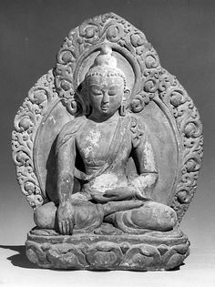 Seated Buddha.Nepal (Kathmandu Valley), 16th–17th century. Terracotta, h. cm. 50.8. New York, The Metropolitan Museum.