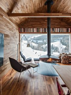 Hanging Fireplace ideas and designs to improve your home decoration. You can pick any hanging fireplace design that you prefer to built in your home. Future House, Interior Architecture, Interior And Exterior, Room Interior, Chalet Interior, Modern Cabin Interior, Cabin Interior Design, Italy Architecture, Interior Office