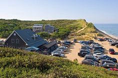 Loved my evening at the Beachcomber in Wellfleet on Cape Cod!  A great bar with good food, drinks and an ocean breeze.