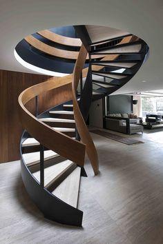 CASA LOMAS - PAOLA CALZADA ARQUITECTOS #escalera de #diseño madera #stairs #arquitectura Man cave access