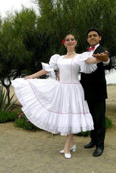 TRAJES TIPICOS DEL PERU Traditional Peruvian Dresses: Marinera Limeña (Lima)