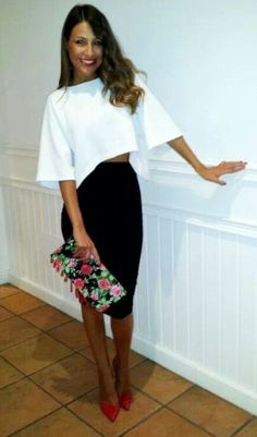 white crop top, high waist black pencil skirt, floral clutch, red pumps #dressy #spring
