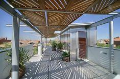 Idées toitures terrasses structure moderne en acier toit de verre