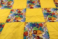 Handmade Baby Quilt Handmade Zoo Quilt Zoo Animals Quilt | Etsy Handmade Baby Quilts, Handmade Crafts, Etsy Handmade, Handmade Items, Diy Crafts, Animal Quilts, Crib Blanket, Patchwork Quilting, Baby Boy Or Girl