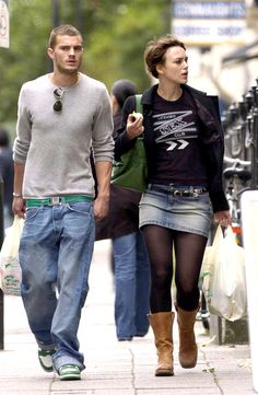 Before They Were Famous, Jamie Dornan and Keira Knightley Were Just Two Hot People in Love Keira Knightley, Jamie Dornan, Star Fashion, Fashion News, Ladies Of London, Getting Drunk, Irish Men, Fifty Shades Of Grey, Good Looking Men