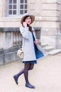 Women S Fashion Jewelry Cheap Older Women Fashion, Womens Fashion For Work, Ropa Semi Formal, Jean Parfait, Mode Bcbg, Blue Tights, Blazers, Vintage Bathing Suits, Preppy Style