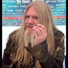 I love him, too much. #marcotapanihietala #marcohietala #marco #hietala #nightwish #bassplayer #beard #longhairedman #longhair #goldhair #longhairedmetalhead #metalhead #blondehair #kingofkings #viking #northernkings #finland #symphonicmetal #metalmusic #metalheadsrule
