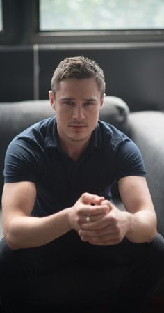 Sam Underwood, Actor: The Following. Sam Underwood was born on August 4, 1987 in Woking, Surrey, England as Sam Lewis Underwood. He is an actor, known for The Following (2013), The Last Keepers (2013) and Hello Again.