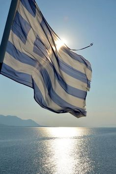 Hello everyone!I'll hope you enjoy Greece Culture💙Your summer would be wonderful if you decide travel in Greece💙We are glad to see you take pleasure in our country💙WELCOME IN GREECE💙HAVE A NICE HOLIDAYS💙🇬🇷 Santorini Greece, Mykonos, Greece Flag, Greece Travel, Crete, Beautiful Islands, Greek Islands, Patio, Most Beautiful Pictures