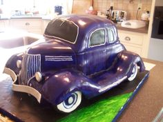 Old Car Cake, groom's cake -- Wow, I initially thought it was a Mini Cooper.  Duh!