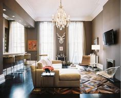 Living Room With Taupe Walls - House Decor Picture Living Room Photos, Home Living Room, Living Room Designs, Kitchen Living, Glamour Decor, Taupe Walls, Brown Walls, Dark Walls, Open Space Living