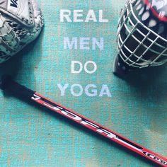 Real Men Do Yoga Handbemalte Jute Yogamatte von www.herzteil.de  #yoga #yogalifestyle #yogi #yogamatte #personalisiert