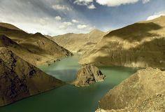 Tibet mountain lake by © Sam.Seyffert, via Flickr