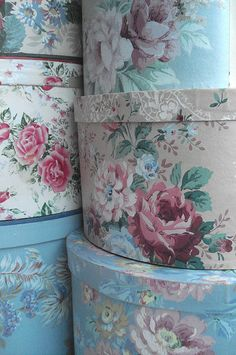 Vintage Wallpaper Covered Hat Boxes - coordinate your space by using leftover wallpaper or fabric.