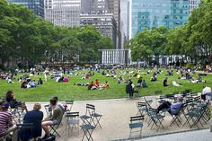At night, Bryant Park's lawn gets packed with movie-goers http://www.nyhabitat.com/blog/2015/06/08/2015-summer-guide-new-york/