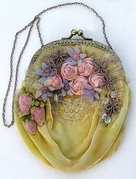 Lots of old-fashioned charm found in this vintage velvet purse with silk ribbon roses. Vintage Purses, Vintage Bags, Vintage Handbags, Vintage Love, Vintage Outfits, Vintage Yellow, Vintage Beauty, Vintage Floral, Hand Embroidery Kits