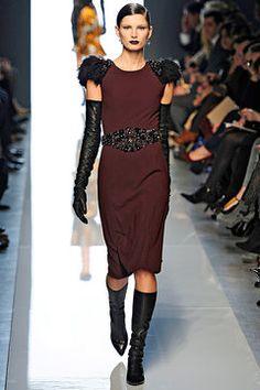 Bottega Veneta Fall 2012 — Runway Photo Gallery — Vogue