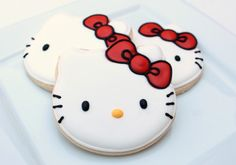 Making perfect Hello Kitty cookies