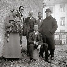 DER BLAUE REITER: Maria Marc, Franz Marc, Bernhard Koehler sen., Wassily Kandinsky (sitzend), Heinrich Campendonk, Thomas von Hartmann