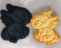NEW to our line of 3D printed cookie cutters, its Toothless from How To Train Your Dragon as a lovable baby Night Fury! This cookie cutter