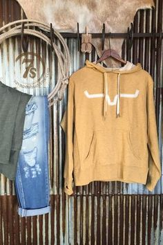 - Mustard Kimes Ranch longhorn logo hoodie - Tri-blend mustard material - Mustard stitched ivory felt longhorns - Mustard and ivory Double string hoodie - Front pouch with interior pocket for iPod and Country Style Outfits, Southern Outfits, Country Fashion, Fall Outfits, Cute Outfits, Fashion Outfits, Fashion Ideas, Western Outfits Women, Over Boots